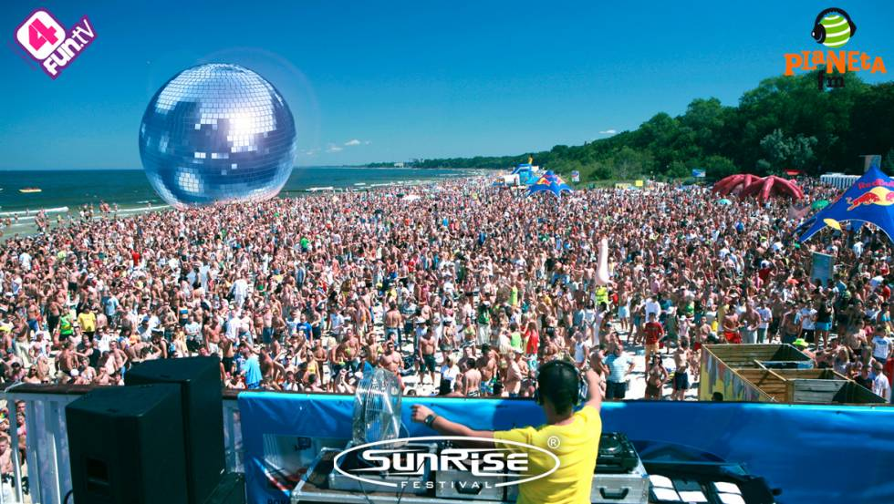 sunrise festival beach party